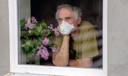 Социальная изоляция увеличивает риск падений у пожилых людей – исследование
