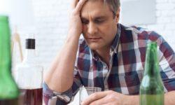 Даже небольшие порции алкоголя могу вызвать нарушения ритмов сердца