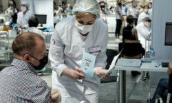 В Турции объяснили правила въезда для привитых российскими вакцинами»/>