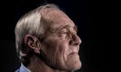 Деменция: с какими симптомами следует обратиться к врачу?